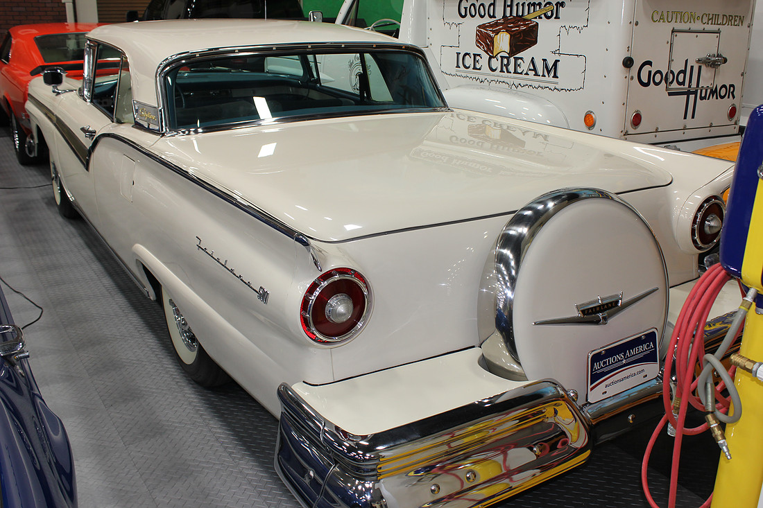 1957 Ford Fairlane Skyliner Retractable Top