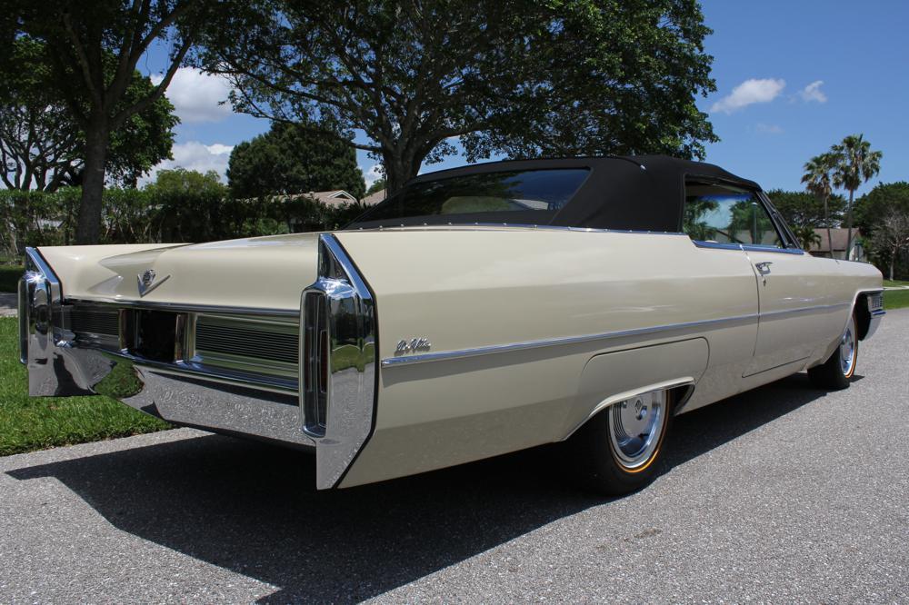 1965 Cadillac Series 62 Deville Convertible