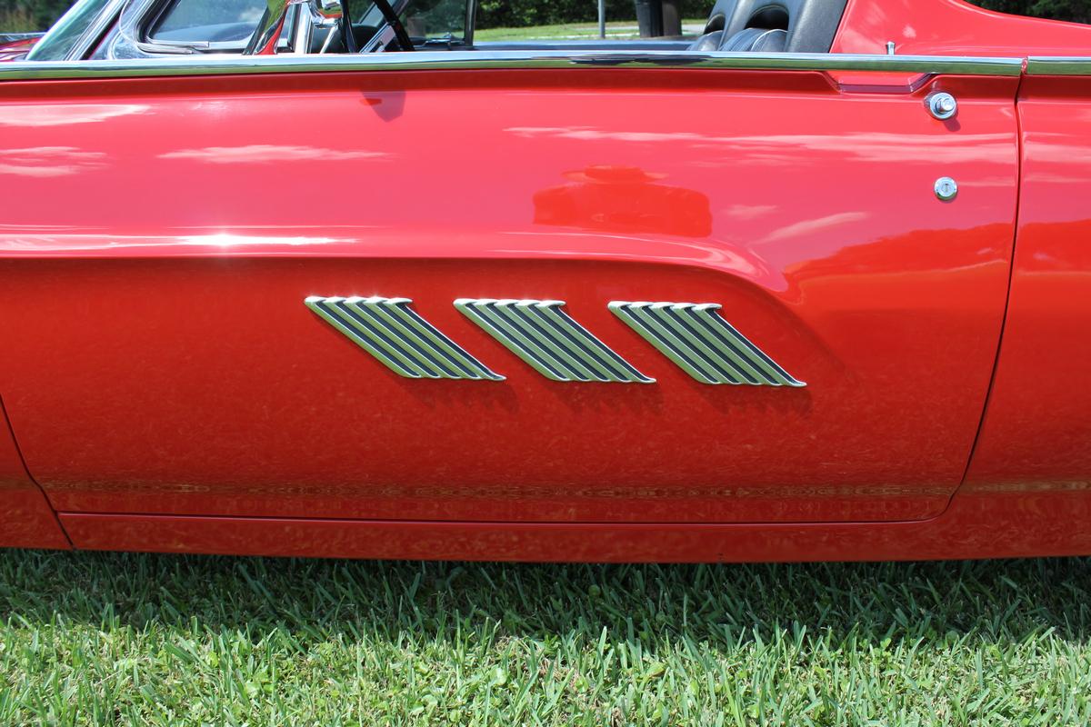 1963 Ford Thunderbird Roadster