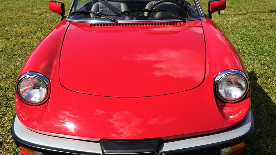 1986 Alfa Romeo Spider Quadrifoglio Verde